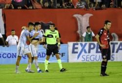 Godoy Cruz metió un triunfazo en Rosario y metió el segundo al hilo.