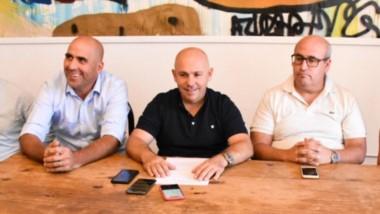 El intendente de Madryn, Gustavo Sastre, junto a su equipo de trabajo, presentaron los talleres del 2020.