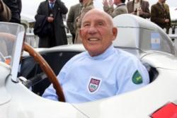 Hoy a los 90 años en Inglaterra, se nos adelantó Stirling Moss, el Gran Caballero de las pistas.