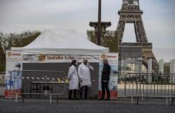 Francia confirmó 514 muertos en las últimas 24 horas, lo que lleva el total a 10.643 personas que han muerto en hospitales desde el 1 de marzo.