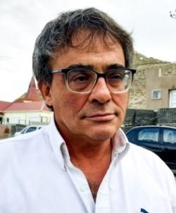 Dr. Javier Cáceres.