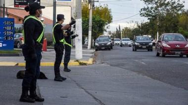 El centro de Madryn amaneció con un amplio despliegue policial.