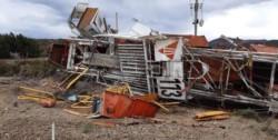 El accidente del camión de la firma petrolera motivó que se iniciaran los peritajes para conocer su origen.