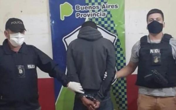 El acusado, identificado por las fuentes de la investigación como Brian Márquez (25) fue detenido.