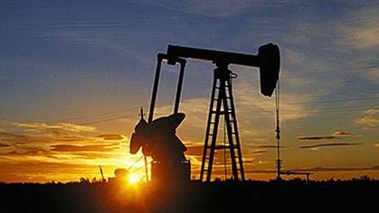 La histórica caída en la cotización internacional del petróleo y los serios problemas para seguir almacenando, ponen en alerta a todos los eslabones de la industria petrolera.