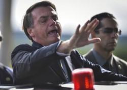 Tras semanas sin tomarse el Covid-19 en serio, Bolsonaro propone ahora una estrategia medieval.