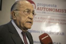 El primer gobernador constitucional de Corrientes, desde la recuperación democrática, contrajo el Covid-19.