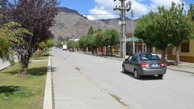 El intendente de El Maitén espera medidas que permitan ir abriendo paulatinamente la economía de su localidad.