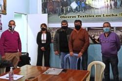Tras la firma entre los gremios y el Gobierno, los trabajadores en asamblea rechazaron el ofrecimiento.
