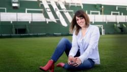 La primera presidenta elegida en un club de fútbol de la máxima categoría dice que es importante saber administrar y liderar equipos.