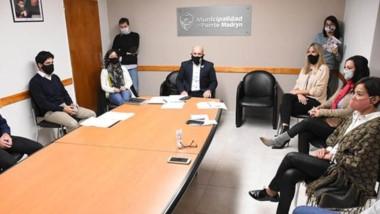 El intendente de Madryn indicó que  las decisiones inconsultas generan desconcierto en la gente.