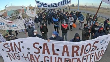 Esta semana los trabajadores de Sedamil marcharon por Trelew.