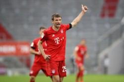 Thomas Muller llegó a 196 goles. Con este resultado, Bayern Munich continúa primero en la tabla, con 61 unidades.