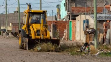 Máquinas. Los trabajos programados por la Municipalidad para remediar varias arterias de la capital.