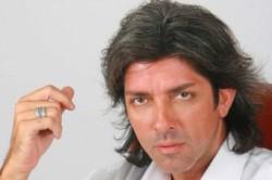 El músico y actor falleció este jueves en un sanatorio de La Plata durante una operación.