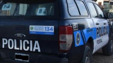 En  un allanamiento se secuestró una camioneta perteneciente a la PFA
