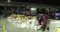 Detienen a un hombre con más de diez mil atados de cigarrillos de contrabando por casi un millón de pesos.