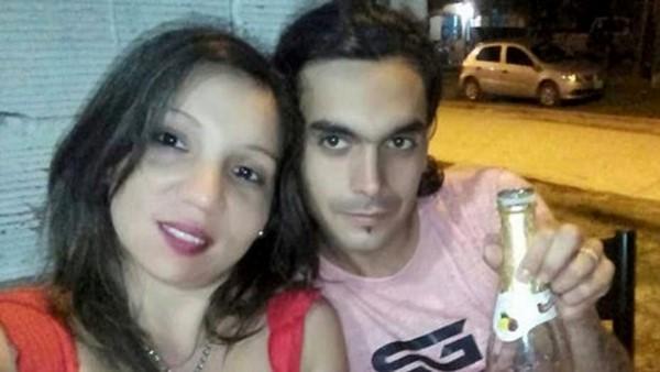 Yanina Lescano (28) y Miguel Cristo (28), irónicamente el padre que lleva de apellido el nombre Cristo, torturó a su pequeña hasta matarla.