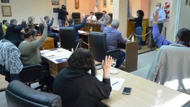 Sin público. El municipio capitalino busca recursos mediante la venta de lotes en la villa balnearia.