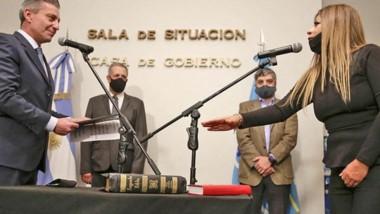 Cinthia Gélvez juró como presidente de Vialidad y habló de darle continuidad a las obras previstas.