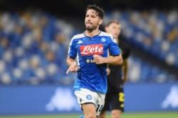 Tras tres meses de una dura batalla contra el coronavirus, en el San Paolo se vuelve a disputar un partido de fútbol.