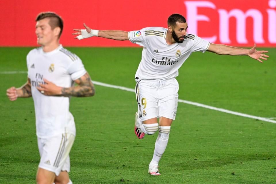 Real Madrid Vencio A Valencia Y No Le Pierde Pisada Al Lider Barcelona