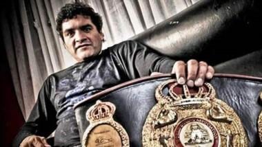 """Jorge """"Locomotora"""" Castro fue campeón mundial de la categoría mediano en el 94. La ley que quieren impulsar llevaría su nombre."""