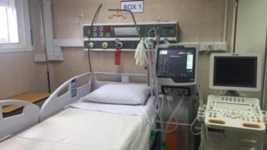 Flamante. Una de las camas ya preparadas ante la contingencia de recibir un paciente de complejidad.