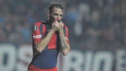 Se formó, debutó, se ganó un lugar y el respeto en San Lorenzo. Fue capitán y figura en Villareal y Fiorentina. Volvió para retirarse en el club de sus amores.