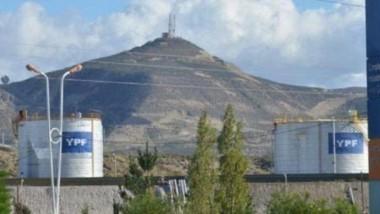 Siguen las repercusiones por la sede de YPF en Comodoro Rivadavia.