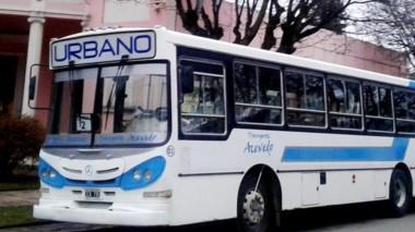 Los choferes del transporte urbano de Esquel reclaman sus sueldos.