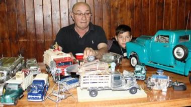 Francisco, el nieto, sigue los pasos de Juan Carlos Saeb.