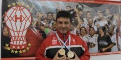 Apuzzo deja el club tras 9 años en Inferiores, varios auxilios a Primera y siendo parte de últimos 2 títulos.