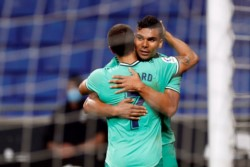 Esta vez no convirtió, pero Benzema asistió de manera extraordinaria, taco y caño, a Casemiro.