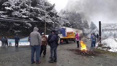 Progreso. Una postal de la nieve que cayó en esa zona de la Patagonia, que avanza con la flexibilización.