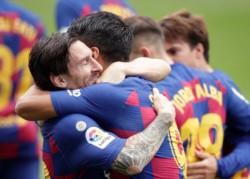 Barcelona busca volver a ser líder, esta vez recibiendo al Atlético Madrid del Cholo Simeone en el Camp Nou.