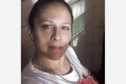 La víctima, llamada Vanesa, que tiene cinco hijos, recibió quemaduras en el 70 por ciento del cuerpo.