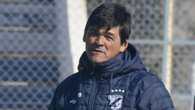 Marcelo Broggi y cu cuerpo técnico, más siete jugadores que mantienen contrato, fueron  confirmados.
