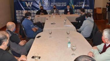 La reunión se desarrolló ayer en el palacio municipal de la ciudad de Trelew, durante la mañana.