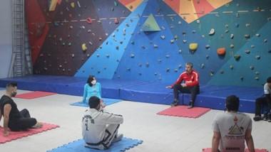 El Coordinador de las actividades del SUM se reunió con los profesores.