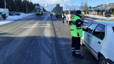 Frío. Los controles se reforzaron en el invierno para evitar incidentes en las rutas más complicadas de la provincia.
