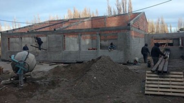 En obra. El Gobierno del Chubut informó sobre la inversión de $ 214 millones en infraestructura educativa.