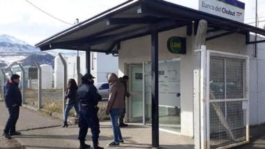 La Policía de Esquel pudo evitar que la operatoria se llevara a cabo y que vaciaran la cuenta de la mujer.