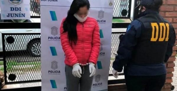 Una mujer de 30 años fue detenida en la ciudad bonaerense de San Nicolás acusada de extorsionar a hombres, obtener fotos íntimas de ellos y luego exigirles entre 20 y 50 mil pesos.