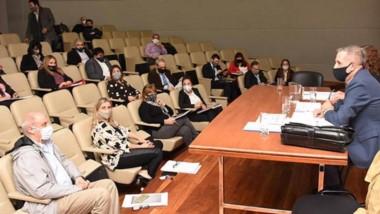 Todos los sectores de la oposición buscan incluir modificaciones dentro del proyecto del oficialismo.
