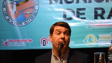 """Enojado. El jefe comunal capitalino criticó muy fuerte a la oposición por poner """"palos en la rueda""""."""