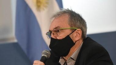 """Puratich aseguró que la situación epidemiológica general en el país """"es mucho más compleja""""."""