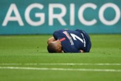 PSG confirmó que Kylian Mbappé sufrió un esguince de tobillo con lesión de ligamento externo.