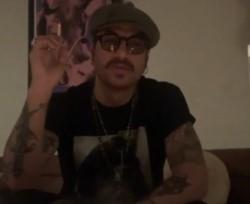 Daniel Osvaldo habló desde la cuenta de Instagram de su Banda, Barrio Viejo, y anuncio el estreno de un tema nuevo.