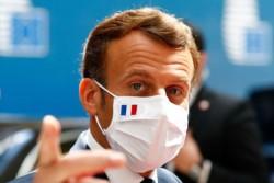 Macron da el ejemplo. Francia se encuentra en un punto de inflexión en relación a la pandemia.